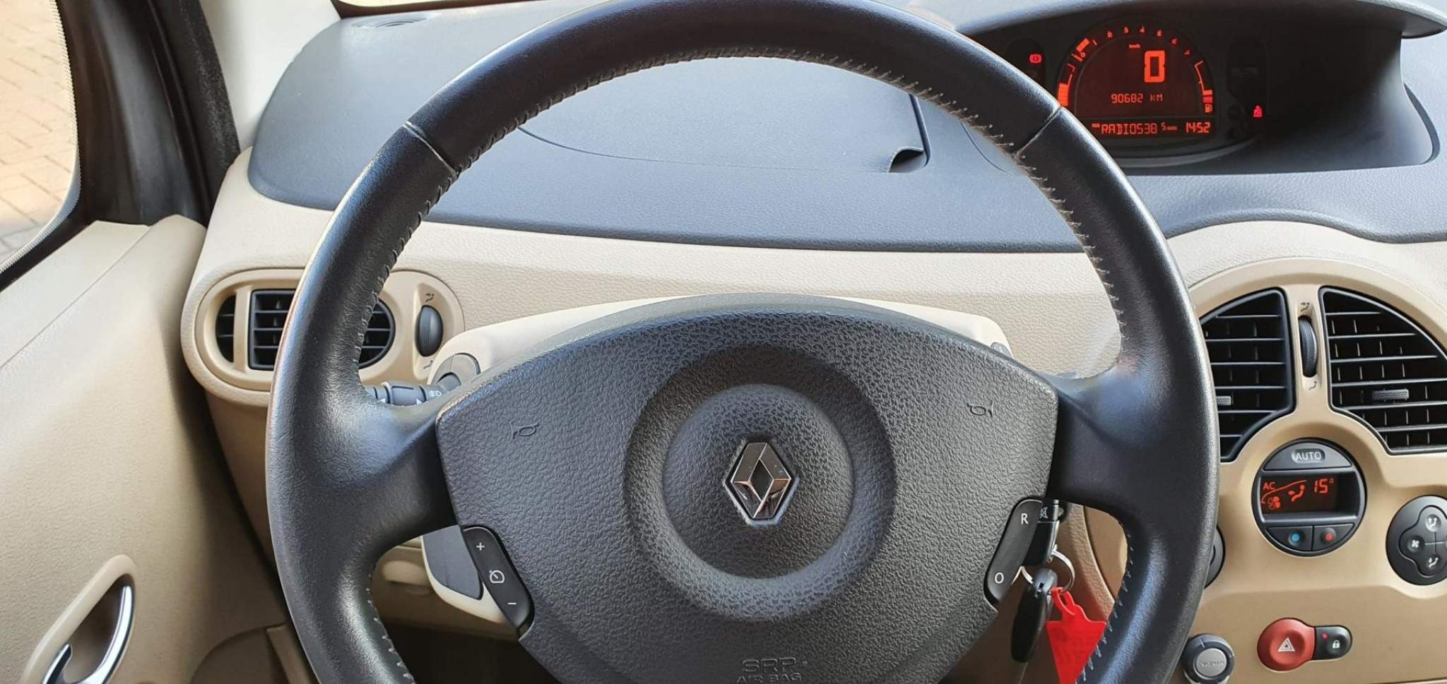 Renault-Modus-13