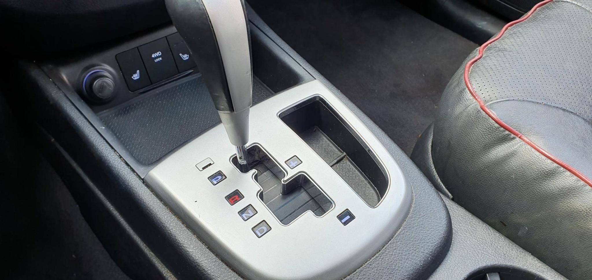 Hyundai-Santa Fe-14