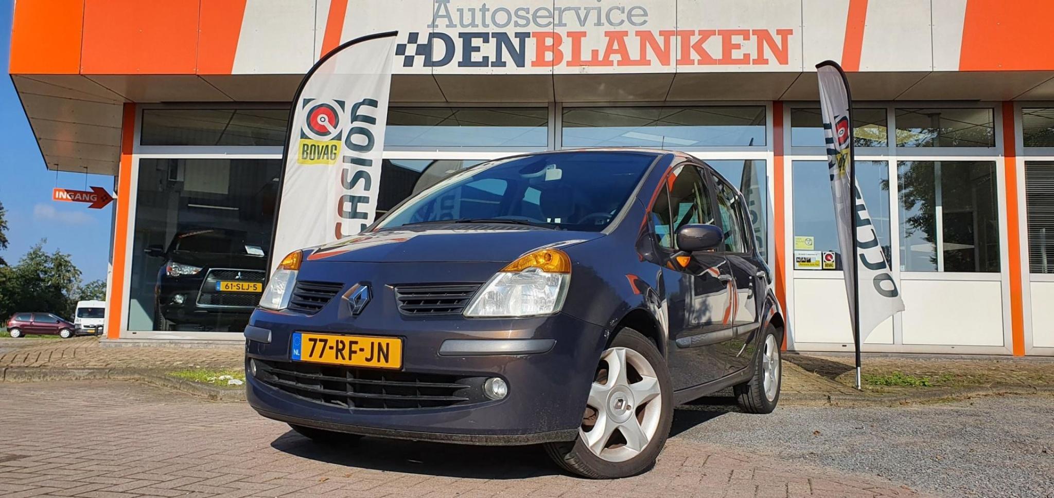 Renault-Modus-0