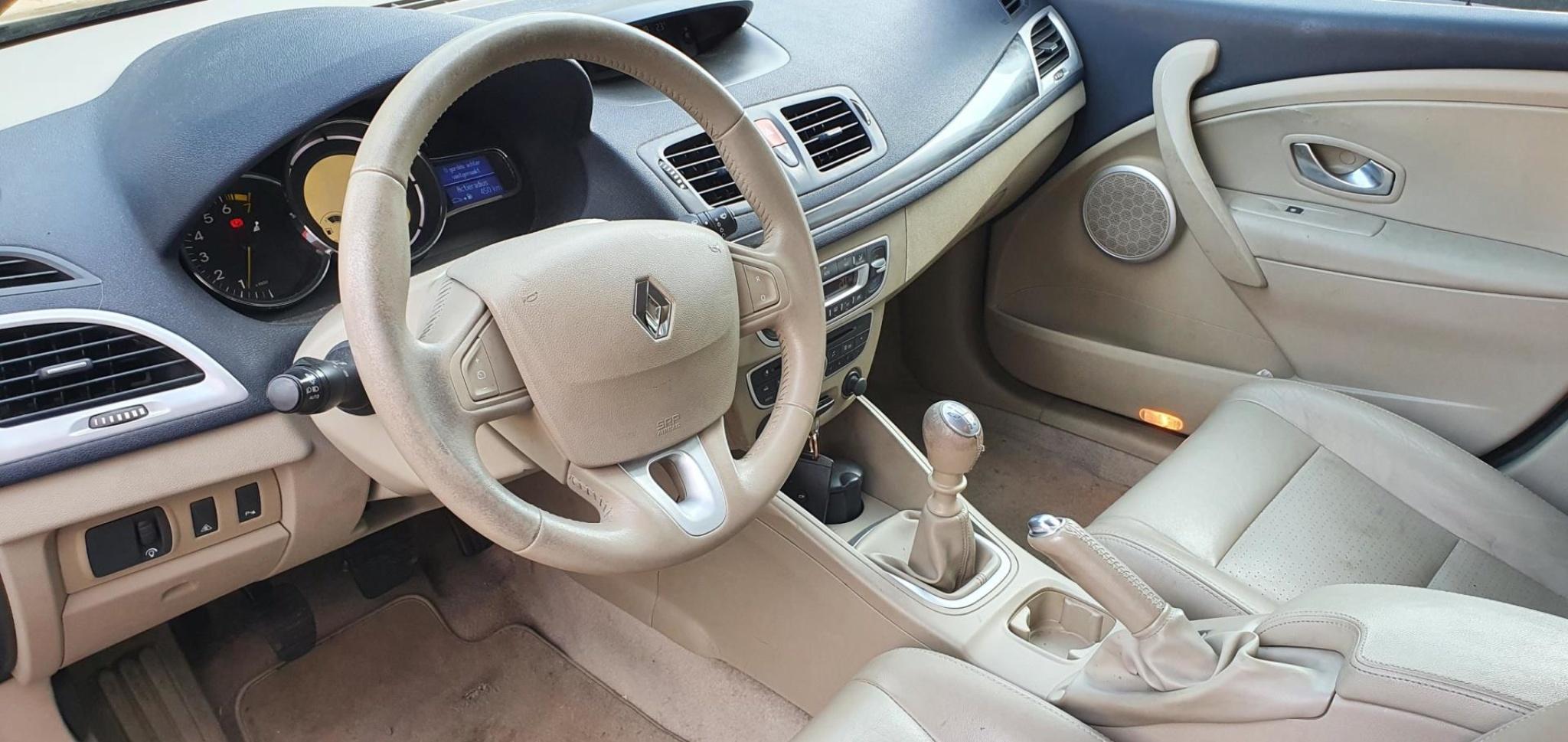 Renault-Mégane-8