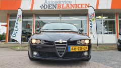 Alfa Romeo-159-1