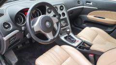 Alfa Romeo-159-10