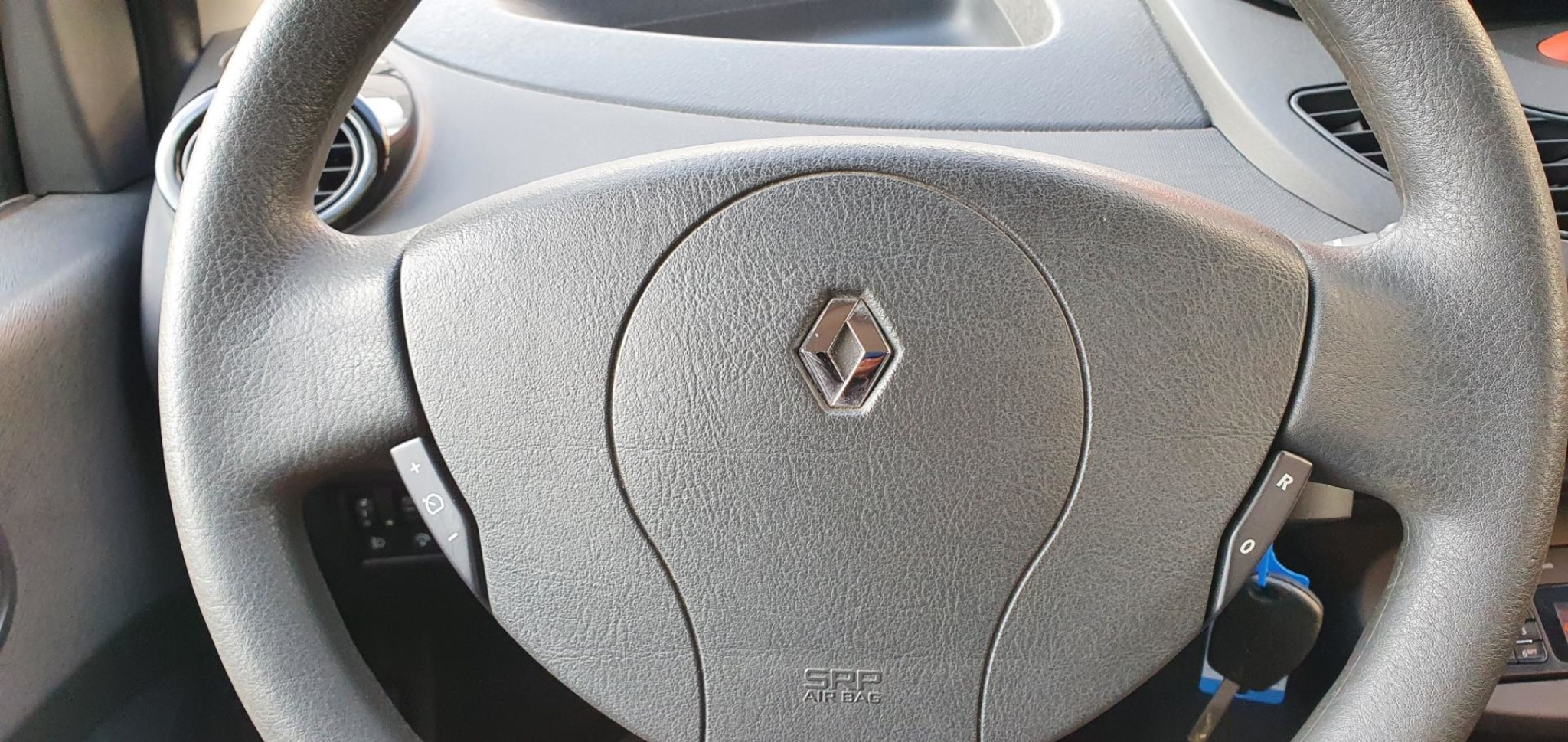 Renault-Twingo-11