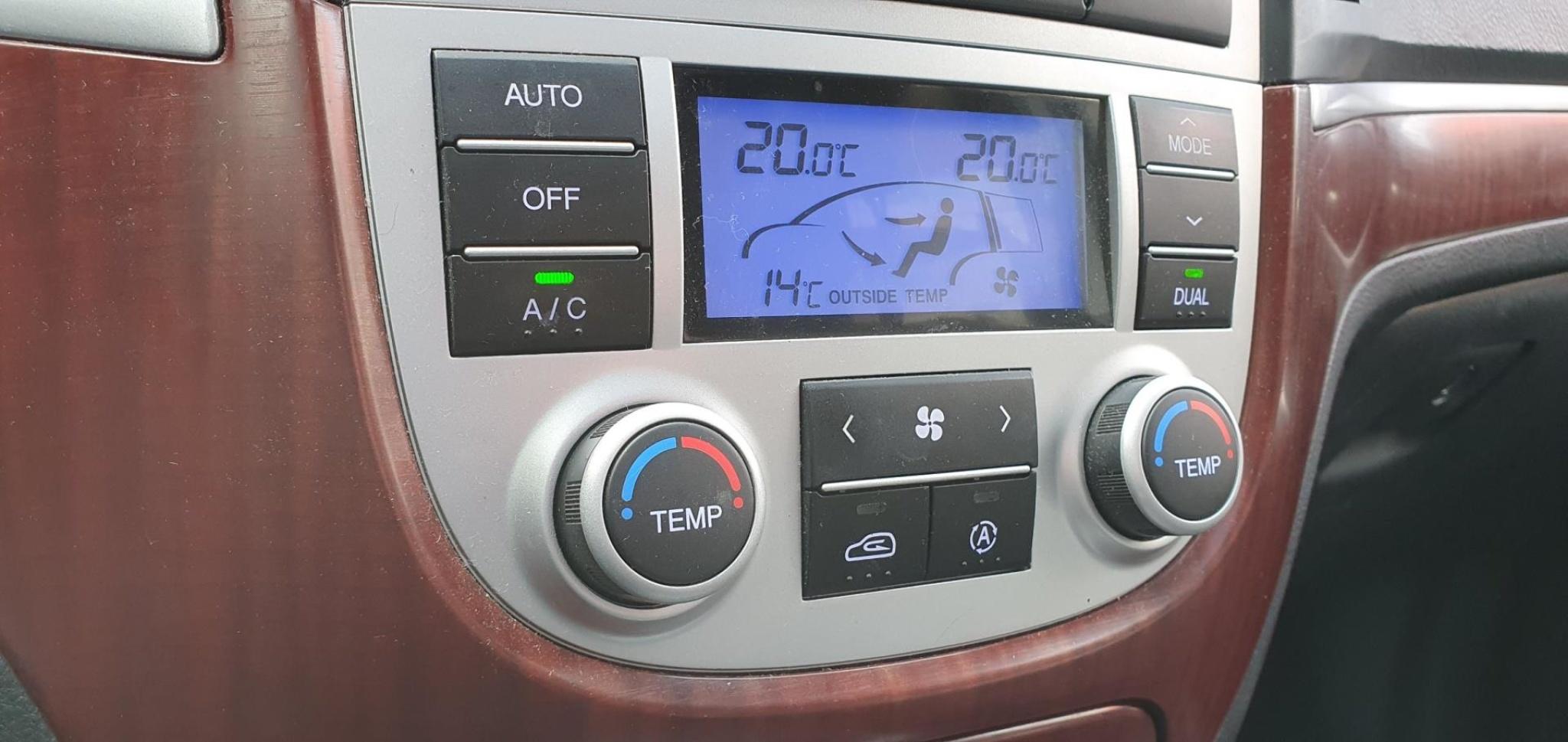 Hyundai-Santa Fe-12
